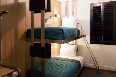 pod-39-hotel-bunk-bed-rooms-cool-hunting.jpg